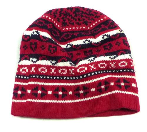 Tmavorůžovo-bílo-tmavomodrá vzorovaná pletená čepice moutain 8098febe9a