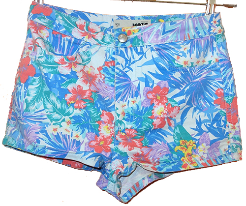 ec339caf109 Dámské modré květované riflové kraťasy zn. Topshop vel.